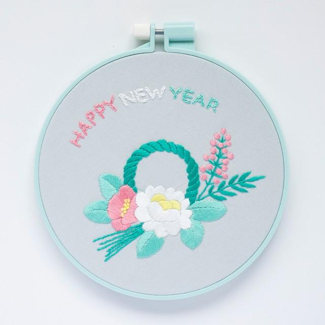『新年のしめ飾り』刺繍キット【期間限定】