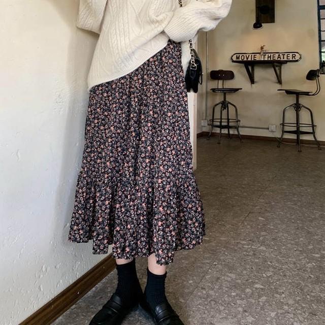 花柄デザイン ロングスカート フレア 薄め 3色 B2412【1/25まで10%OFF!!】