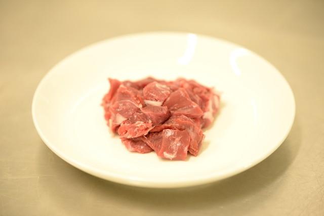 猪生肉カット 100g(冷凍品)