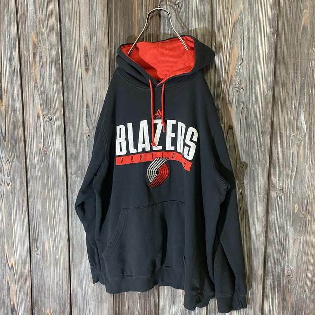 [adidas]BLAZERS big logo hoodie
