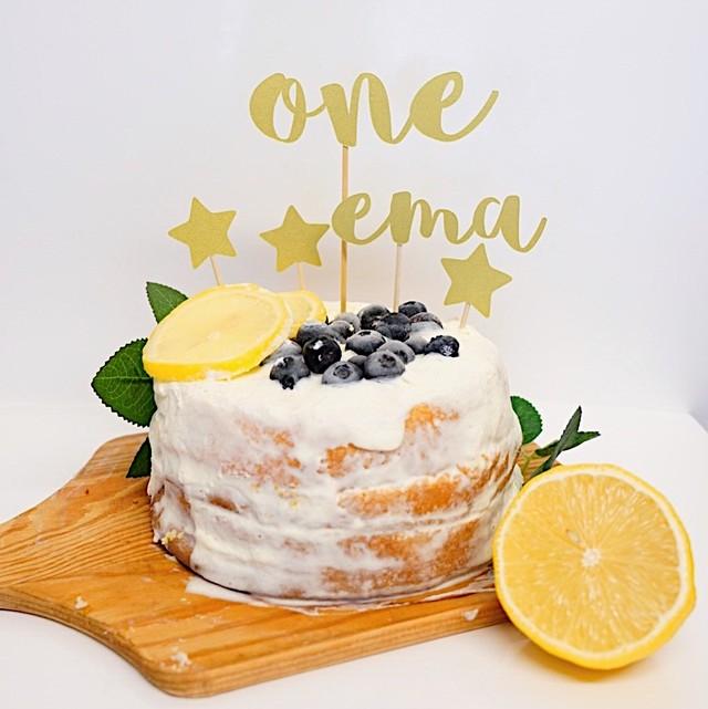 バースデーケーキトッパー(R・名前付き・シャンパンゴールド) 誕生日 飾り付け