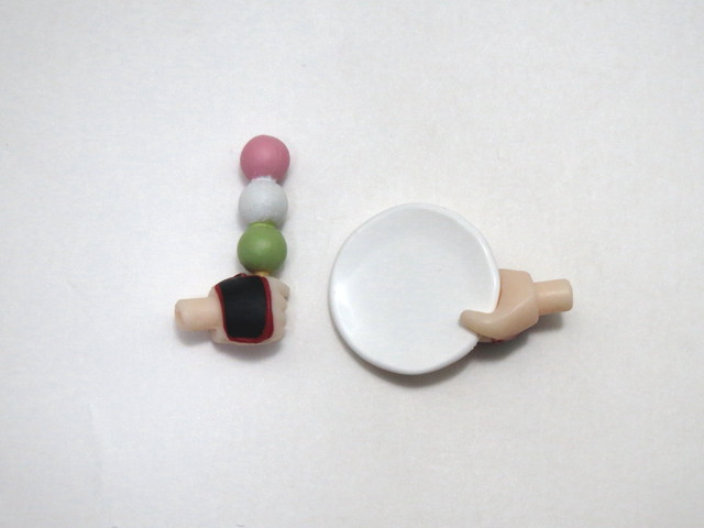 再入荷【518】 加州清光 小物パーツ 三色団子とお皿 ねんどろいど