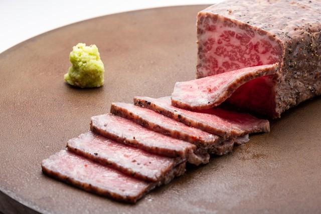 黒毛和牛ローストビーフ2本セット(A4〜5等級)/石川はちみつ牛