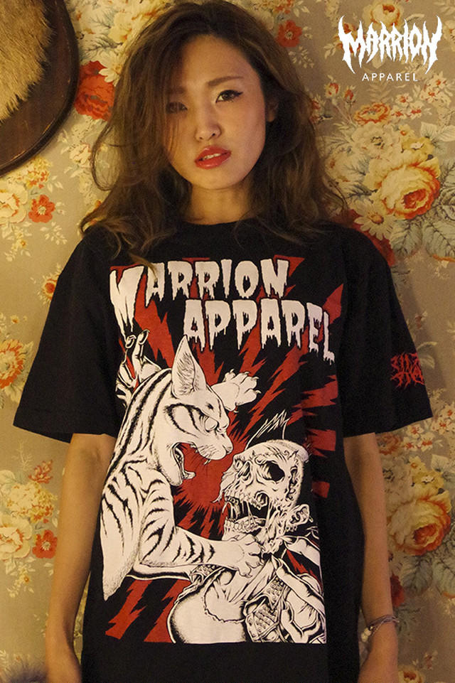 Cat Fight Tee (Black×Red)