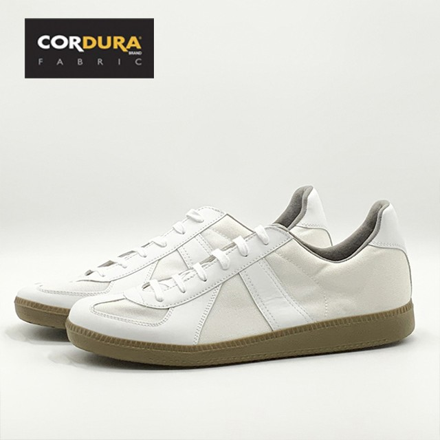 GERMAN TRAINER  1183 CORDURA <WHITE>
