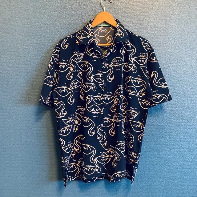 ドローウィングフラミンゴのアロハシャツ