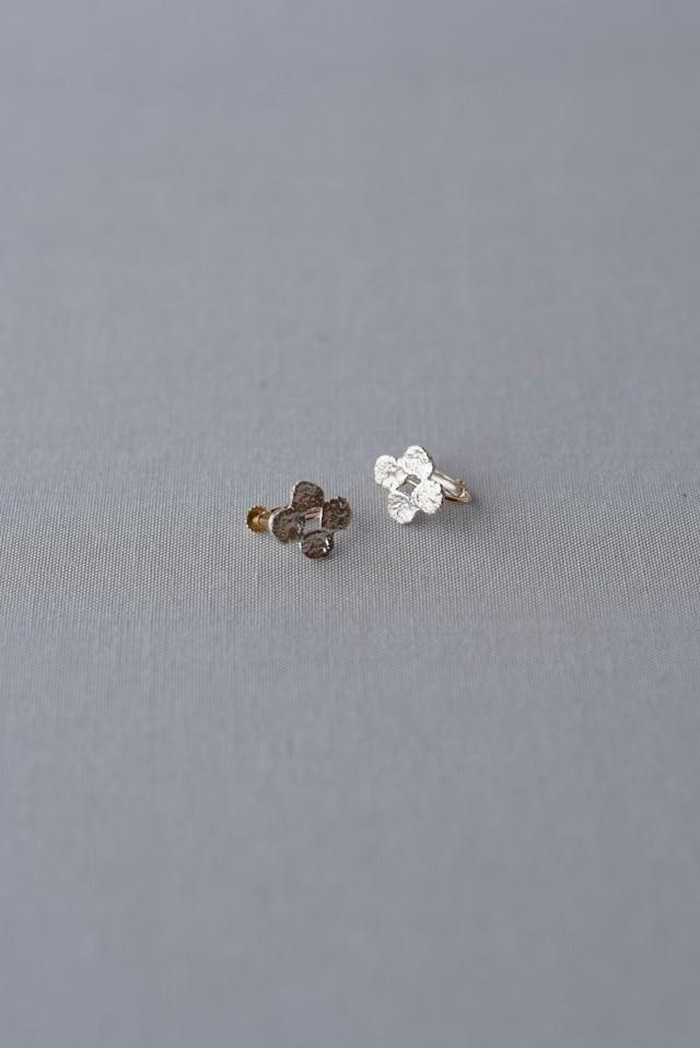 accesories mau|E-09 まるまるお花silver イヤリング