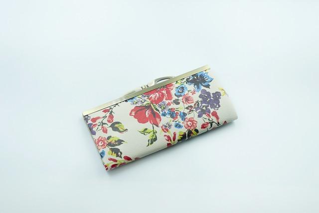 【秀和 x pink india】北欧デザイン 牛革がま口復刻長財布 | stella