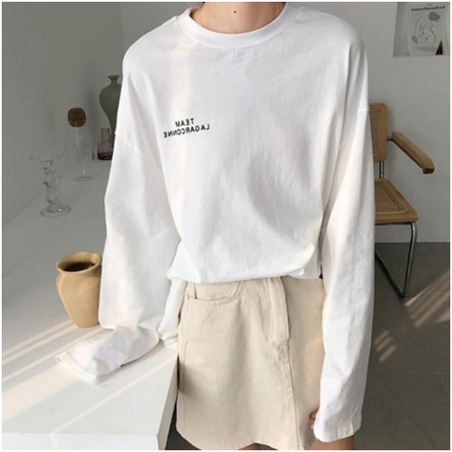 【トップス】超人気大注目アルファベットシンプルボタンラウンドネックTシャツ23950996