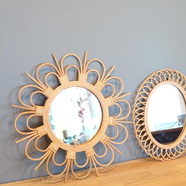 【5月中旬入荷予定】玄関にぴったり。ラタンの組み方がおしゃれなミラー。 rotta rattan mirror fleur S