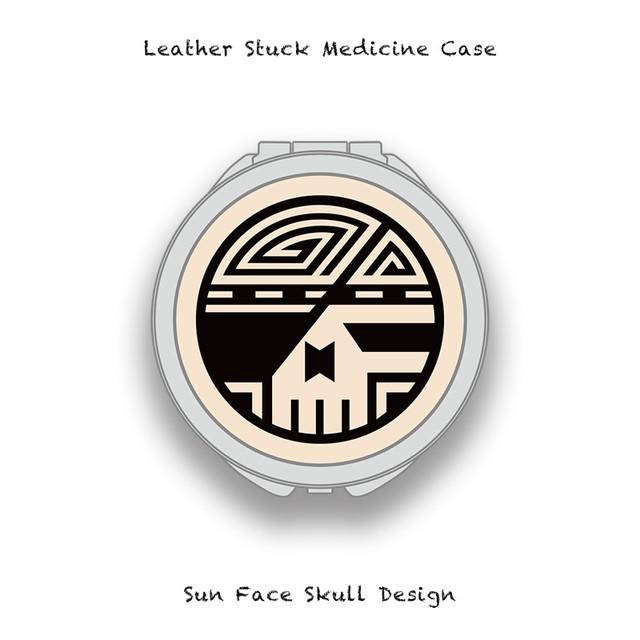 ■Leather Stuck Medicine Case ( Large Round Shape ) / Sun Face Skull Design 003