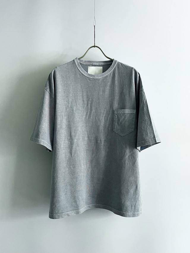 TrAnsference loose fit half sleeve pocket T-shirt - cloud sky garment dyed