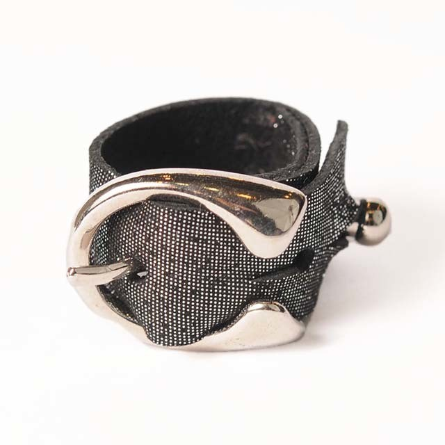 hs18SS-IRJ03 LEATHER BUCKLE RING (silver)