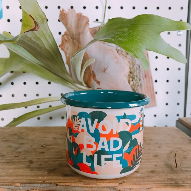 "Good life coffee ""avoid bad life"" light mug"