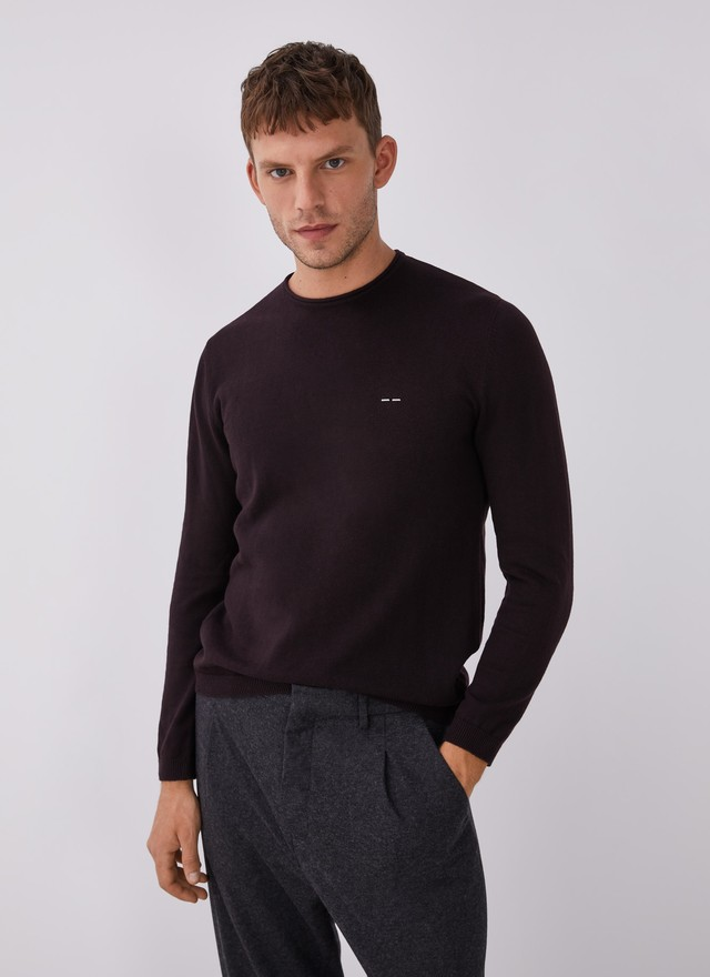 SWEATER WITH ROLL EDGE CREW COLLAR