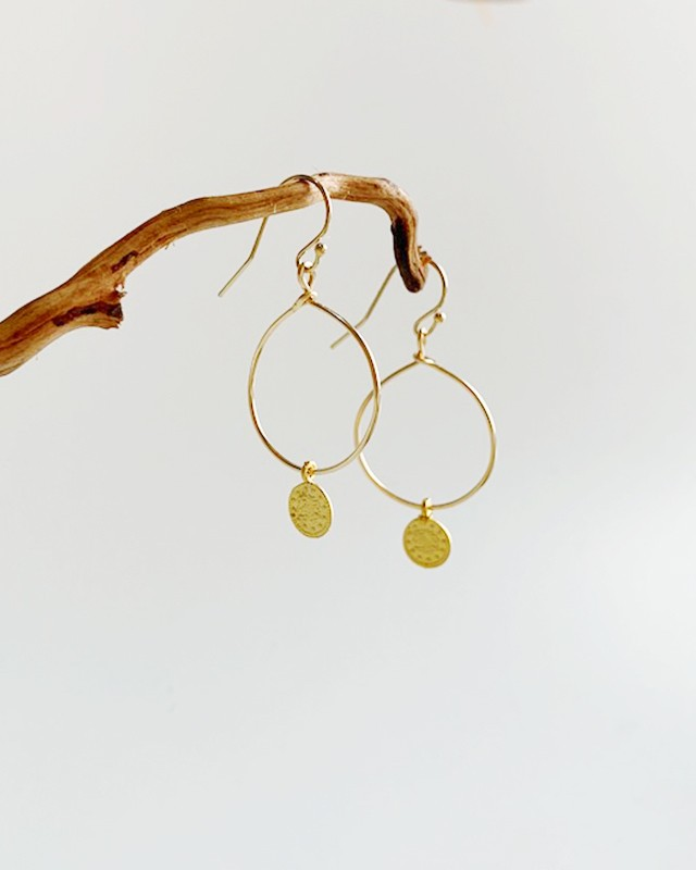 Gold coin pierced earrings (小)  /  on the beach    OBH-019