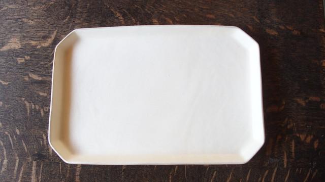 いにま陶房 鈴木智子 角プレート 白