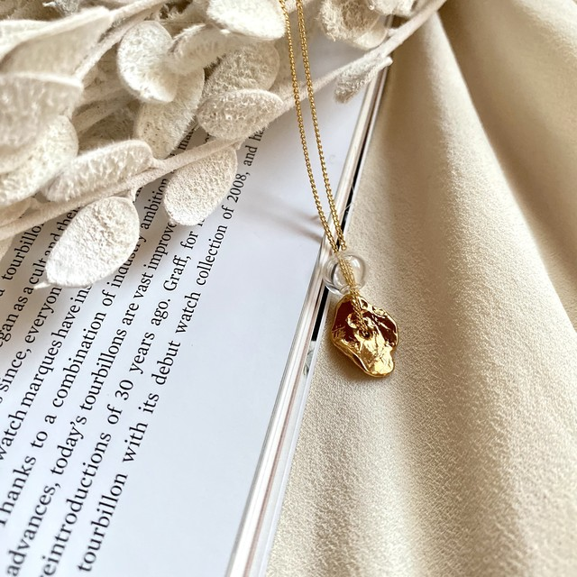 crumple and  beads necklace