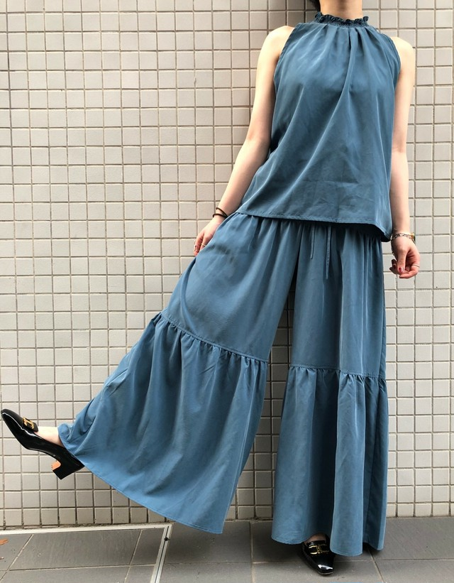 """CaNARi""  Tiered 2 piece set(blouse&pants)"