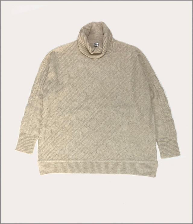 カシミヤケーブル編みセーター