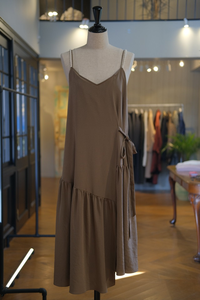 ※再入荷【KOTONA】long camisole-brown