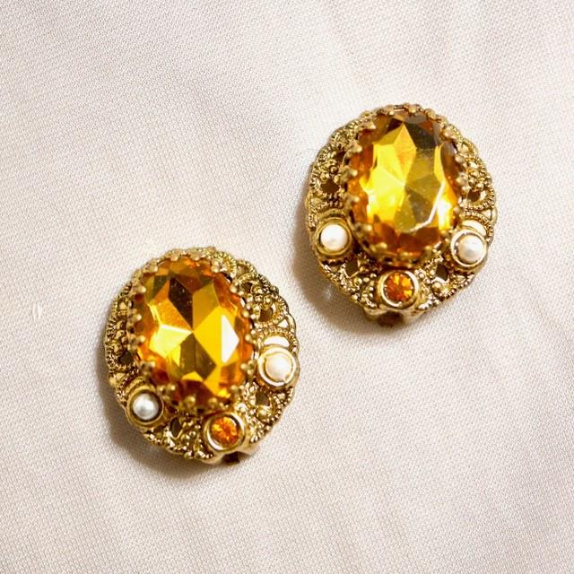 W.GERMANY Clip-on earrings