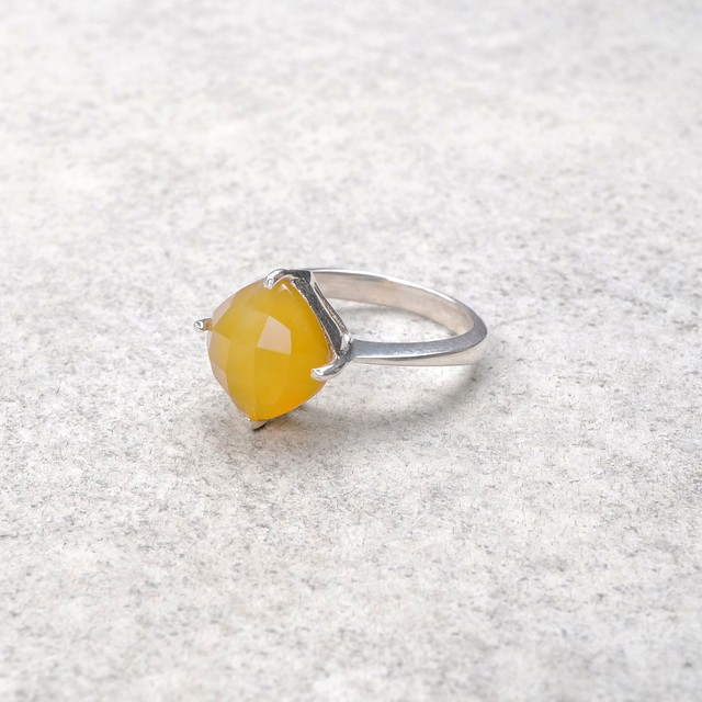 SINGLE STONE NON-ADJUSTABLE RING 104