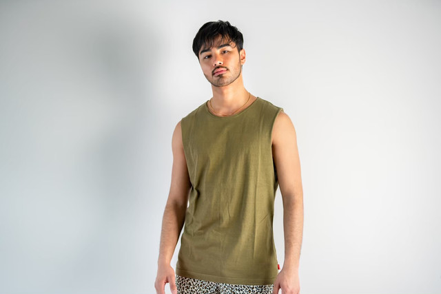 【6/3(wed)21:00販売開始】ThreeArrows Cut-off Sleeveless(khaki)