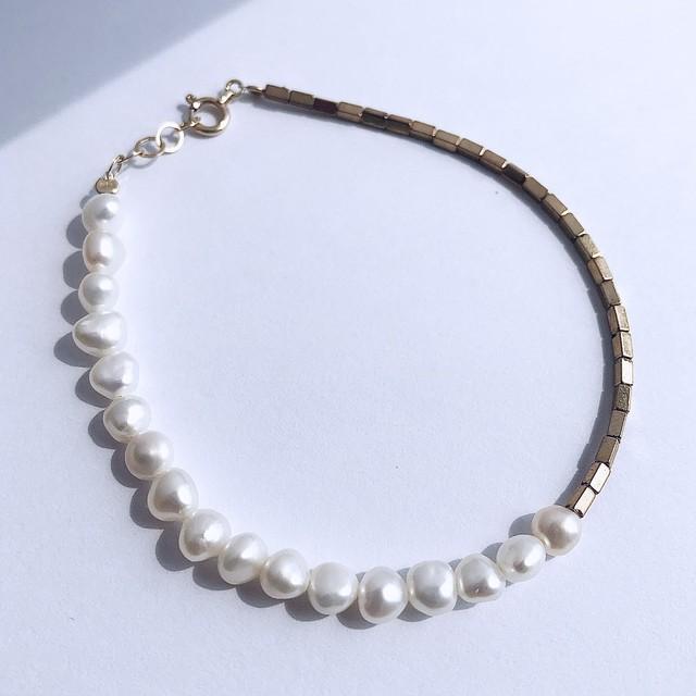 K10YG Pyrite & Baroque Pearl Bracelet / チャリティージュエリー