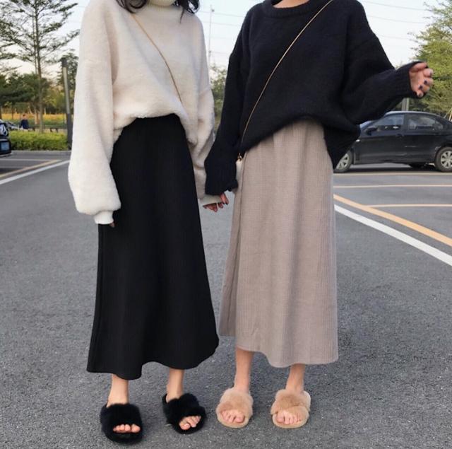 Aラインレトロ風スカート