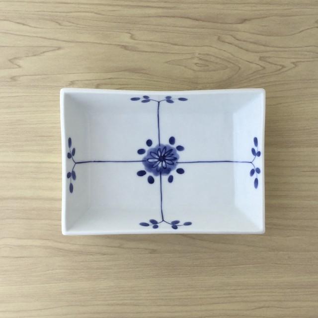 【有田焼】花格子 タタラ角鉢