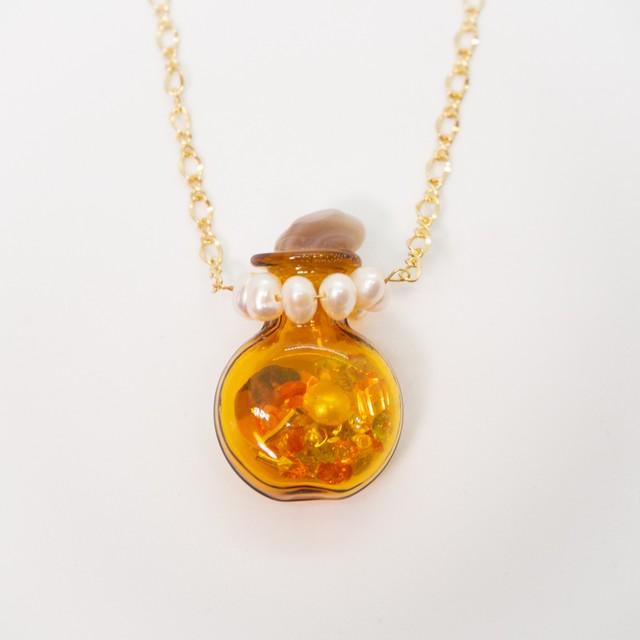 おもちゃの香水瓶ネックレス 金色 005