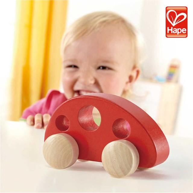 Hape ハペ  ミニバン(レッド)  木製 木のおもちゃ 玩具 木 ミニカー 車 ベビー ベビー玩具 プレゼント ギフト 出産祝い クリスマス