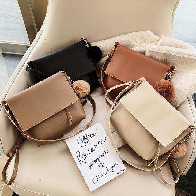 シームレスな肩ひも付きシンプルハンドバッグ◆お取寄せ商品◆
