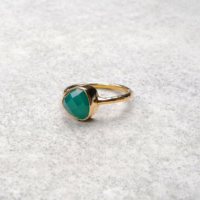SINGLE STONE NON-ADJUSTABLE RING 130