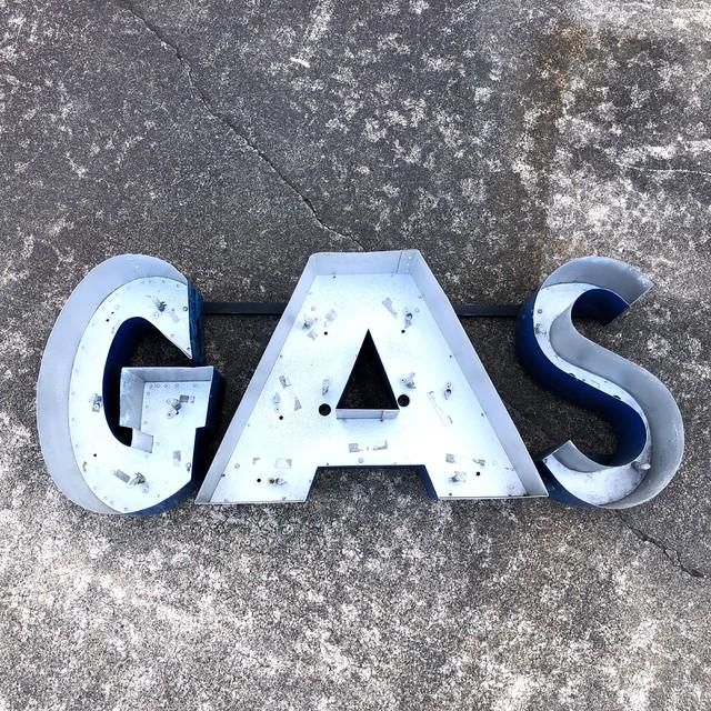 品番5429 3D サイン 『GAS』 ブリキ 看板 ロゴ 壁掛用 ブルー ヴィンテージ