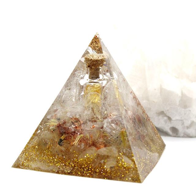 【受注製作】振ると音がなる♪ピラミッド型Ⅱ 小瓶入りオルゴナイト ルチルクォーツ