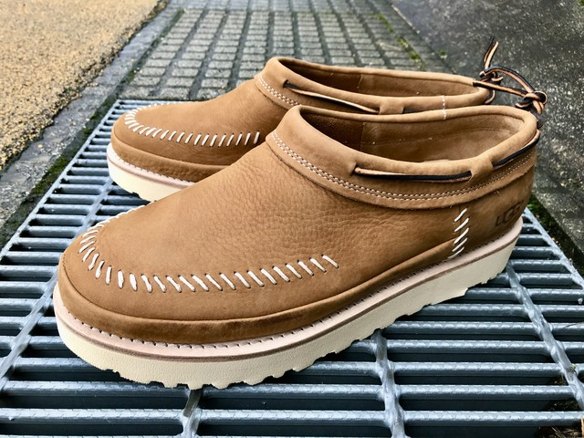 UGG CAMPFIRE SLIP-ON (CHESTNUT)