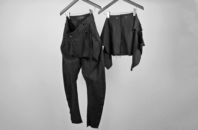 ASKYY  / EASY SLACKS -3 years later- / BLK