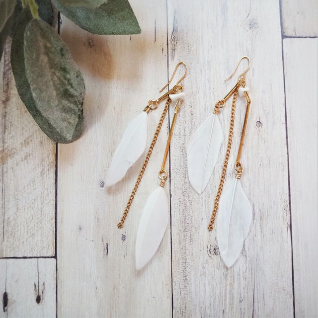 Heather & Chain Pierced Earring《WHT》18385096