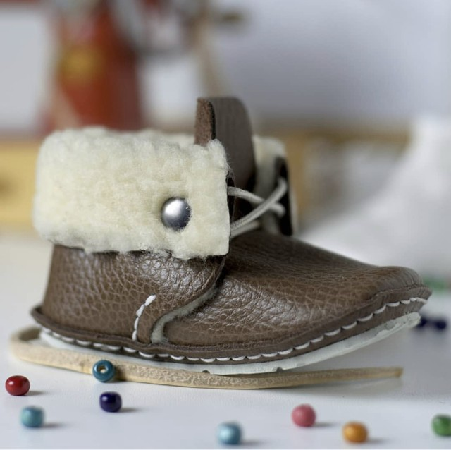 《First Baby Shoes》Model : RIE ファーストシューズ手作りキット Brown