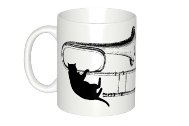 【即日出荷用】トロンボーンと黒猫のマグカップ
