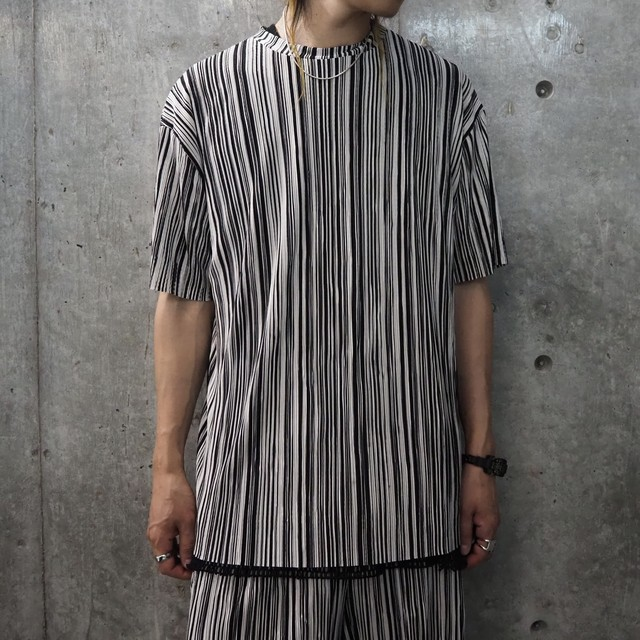 【UNISEX - 1 size】PLEATS MULTISTRIPE TEE / Black
