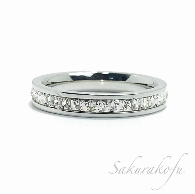 D018B レディース 指輪  人気デザイン 小花 可憐なルビーフラワーリング