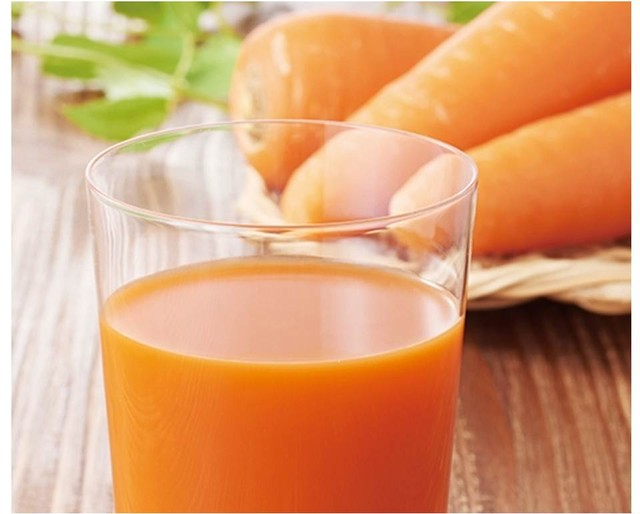 冷凍すり搾り製法のにんじんジュース(100g1袋) - メイン画像