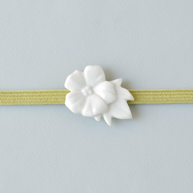 白磁の帯留 芙蓉