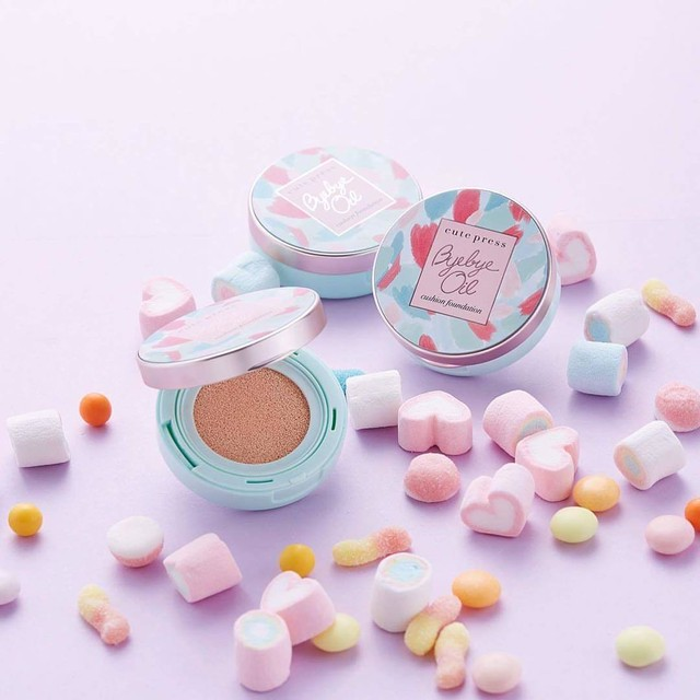 「BYE BYE OIL CUSHION FOUNDATION POWDER 」 テカリ防止 SPF50+PA+++