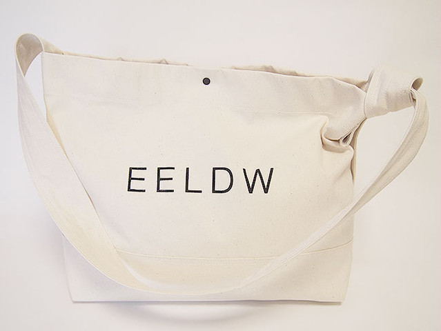 "2WAY ショルダー バッグ ""2WAY SHOULDER BAG"" (OFF WHITE  / LOGO BLACK)"