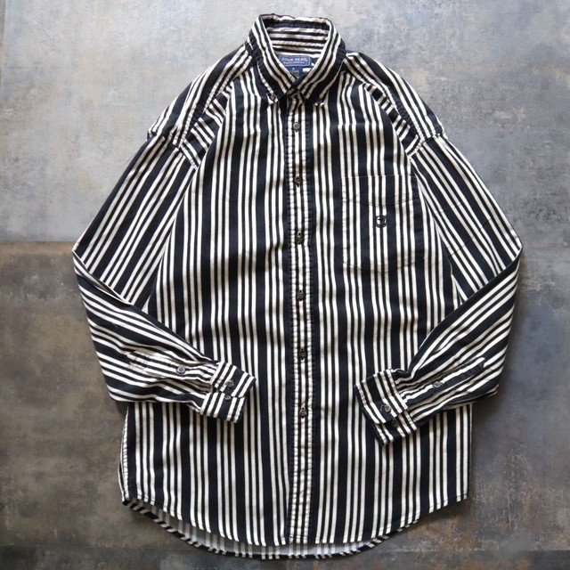 monotone stripe design shirt