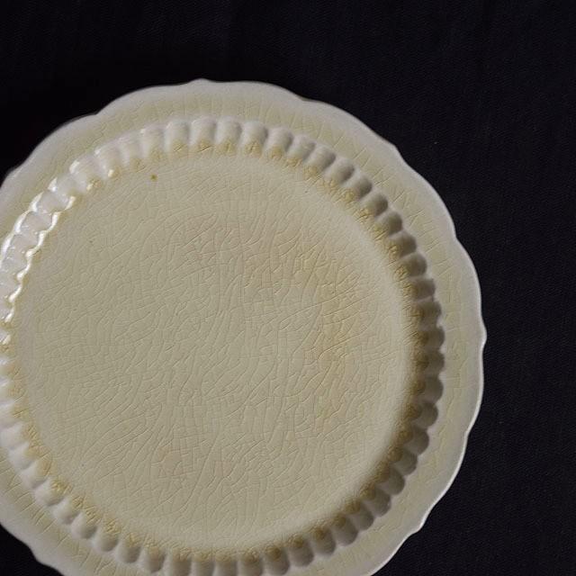 マルヤマウェア ベージュしのぎプレート (6寸半 20cm)